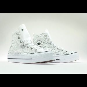 Converse Hi Top sneakers with Sequins Lace Detail